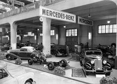 "This is how a car show looked like in 1950. ""The Mercedes-Benz show finds worldwide attention"" wrote the German ""Handelsblatt"" magazine back then."