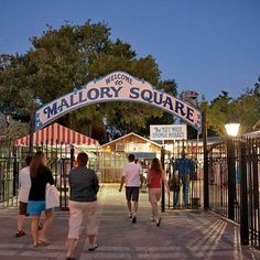 Every day slips into the shadows with a celebration of sunset as only Key West can do it. Jugglers, tightrope walkers, fire-eaters, and craftspeople gather each evening on the dock at Mallory Square. This is your chance to pick up a hibiscus-patterned col