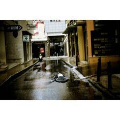 Emptiness #skantzman #heraklion #crete #manolisskantzakis #photography #colour #panning #fujix100t #bird #city