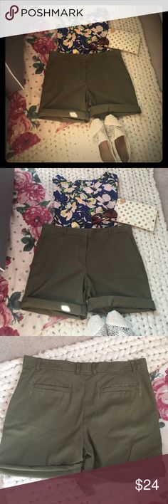 Gap Olive Boyfriend Roll-Ups Adorable, comfy, casual shorts in a versatile olive green; these are boyfriend khakis and they can be rolled for a cute, fun feel or left unrolled as shown in photo #4. Perfect with a tee or chambray shirt or dressed up with a pretty blouse. EUC; worn once and look/feel brand new! 18 inches across waist and 19 inches length unrolled; back and front side pockets. Perfect for warm fall days with a tee and varsity jacket. GAP Shorts