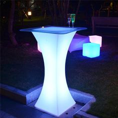 Nightclub furniture led Square bar table battery led table rechargeable 16 color changing