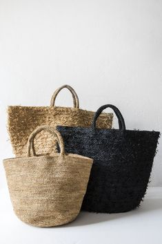 for the beach sans arcidet black summertime bag – Lost & FoundSans arcidet natural summertime bag raffia hand crocheted handmade in madagascar large www.Love these totes for farmers market Saturday My Bags, Purses And Bags, Basket Bag, Clutch, Hand Crochet, Fashion Bags, Straw Bag, Summertime, Madagascar