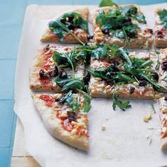 Whole-wheat Greek Pizza (via foodily.com)