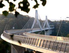 Les fribourgeois se sont rendus en nombre pour l'inauguration du pont de la Poya.