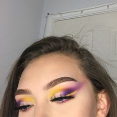 everyday makeup looks i did this last night and wanted to know if y'all wanted a tutorial or not? (also im uploading a video today ahhh) @anastasiabeverlyhills dipbrow in soft brown @bhcosmetics take me to brazil palette @dodolashes lashes in d316 @makeupforeverofficial LIQUID LIPSTICK in 101!! (so bomb)
