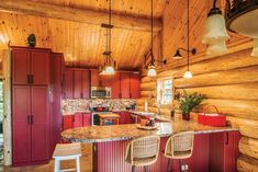 The Affordable Log Cabin - Cabin Living Kitchen Decor Themes, Home Decor Kitchen, Kitchen Ideas, Rustic Kitchen Design, Country Kitchen, Kitchen Remodel, Rustic Bedrooms, Cabinet Ideas, Inspirational