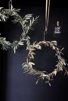 regardsetmaisons: DIY Ma couronne de Noël végétale et dorée