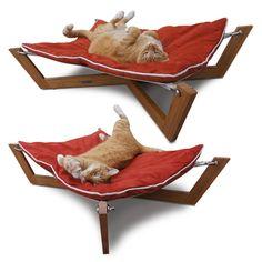 Bambu Hammock Dog Bed - would probably use this myselfff Wallpaper Furniture, Pet Furniture, Unique Furniture, Luxury Furniture, Luxury Pet Beds, Pet Hammock, Animal Gato, Cat Room, Cat Design