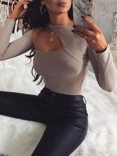 Gray Cut Out Detail Long Sleeve Women Bodysuit Look Fashion, Fashion Clothes, Fashion Beauty, Fashion Women, Fashion Outfits, Stylish Outfits, Cute Outfits, Easy Outfits, Fresh Outfits