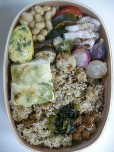 Sizzling tofu(leek miso cheese grilled)  Pork and summer vegetable shabu-shabu Brown rice 20120626 Lunch