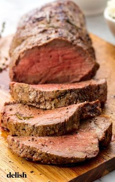 Beef Tenderloin = The Easiest, Most Impressive Holiday Dinner Ever - Meat Recipes Best Beef Tenderloin Recipe, Beef Tenderloin Roast, Oven Roast Beef, Pork Loin, Meat Recipes, Cooking Recipes, Recipies, Game Recipes, Supper Recipes