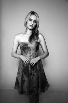 Dianna Agron Photoshoots 2010, love the simplicity in the picture!