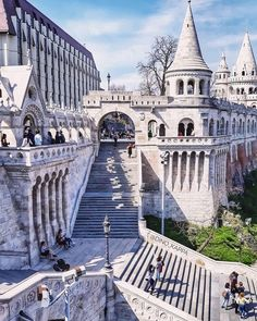 Explore the Fisherman's Bastion in Budapest, Hungary. Went at night and it was glowing. Places To Travel, Travel Destinations, Places To Visit, Places Around The World, Travel Around The World, Budapest Travel, Hungary Travel, Le Cap, Belle Villa
