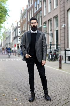 9 jun christopher john millington the sartorial 7 Mens Fashion Casual Shoes, Preppy Mens Fashion, Mens Fashion Week, Mens Fashion Suits, Men's Fashion, Winter Fashion, Summer Swag Outfits, Simple Outfits, Chris Millington