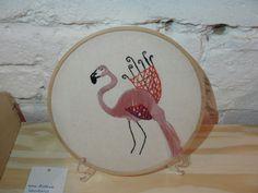 Bordado flamingo #andrealourenco
