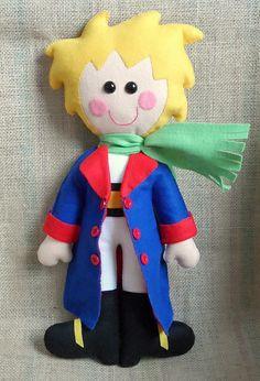 Boneco Pequeno Príncipe, costurado à mão. Todo em feltro. Altura: 50 cm
