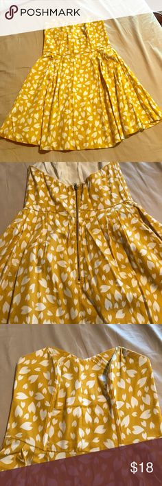 Material Girl strapless dress Yellow printed material girl strapless dress Material Girl Dresses Strapless