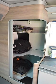 VW T5/T6 California Campingzubehör - Shelf Conversion Kit 1 for Wardrobe