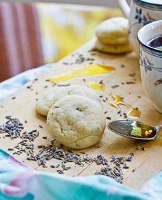 My new favorite cookies: Lavender Mint Tea Cookie Recipe from Cheers to Vegan Baking by Kelly Peloza Paleo Dessert, Vegan Desserts, Raw Food Recipes, Just Desserts, Healthy Recipes, Free Recipes, Healthy Deserts, Healthier Desserts, Delicious Desserts