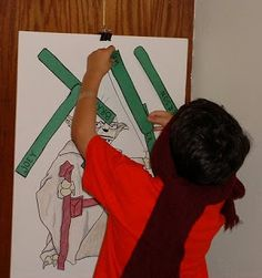 Star Wars Birthday Party game - Pin the light saber on the Yoda