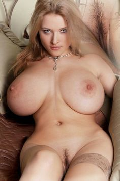 Big Breasted Women Nude Pics