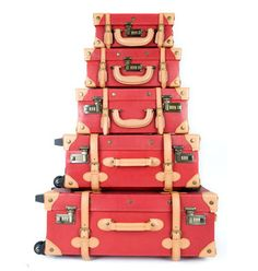 Steamline Luggage. Yes please!