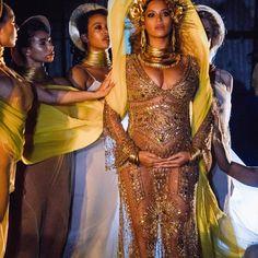 Beyonce 2017 Grammy Perfomance