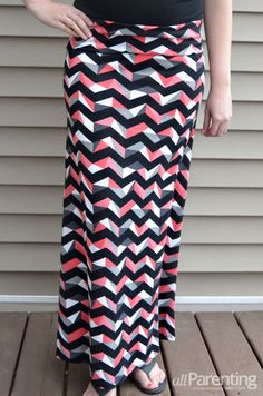 Learn how to make your own DIY maxi skirt! It's easier than you think!!