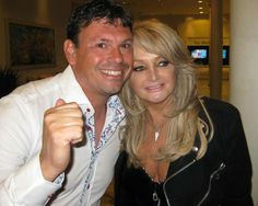 Thank you Emil Collén ! Bonnie Tyler, 80s Music, King Queen, Rock And Roll, Tv Shows, Idol, Singer, Couple Photos, People