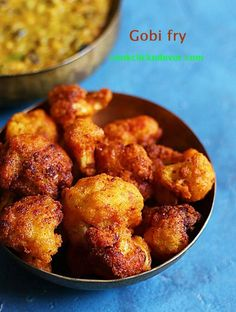 Cauliflower fry recipe- Crispy delicious and flavorful Indian street style cauliflower fry or gobi fry recipe Indian Food Recipes, Asian Recipes, Real Food Recipes, Cooking Recipes, Ethnic Recipes, Indian Foods, Yummy Food, Gobi Fry, Best Recipe Websites