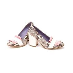 El rosa es y seguirá siendo tendencia. Animate a estos #EXITOSA!  Te esperamos hasta las 19 hs. en #LPstore Paraguay 782 CABA. Te vas a sorprender de todas las rebajas que hay!  #SALE #LPzapatos #amamosloquehacemos #hacemosloqueamamos #Luzprincipezapatos #LPzapatos #zapatos #pink #rosa #shoeaddict #nofearmujer #mujer #buenosaires