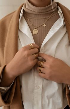 Beige Aesthetic, Aesthetic Fashion, Aesthetic Clothes, Aesthetic Style, Bild Outfits, Mode Outfits, Looks Street Style, Looks Style, Winter Fashion Outfits