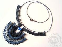Náhrdelník16 048 - Egypt černo-modrý   Vamberecká krajka