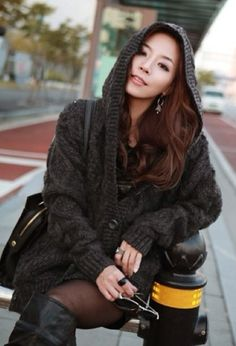 Grey knit cardigan with hood