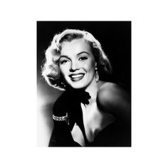 Marilyn Monore, Mid 1950s Photo ($50) ❤ liked on Polyvore featuring home, home decor, wall art, entertainment, movies, 1950s movie posters, 1950s posters, photo poster, movie wall art and photo wall art
