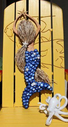 Mermaid,Mermaid Wood Art,Coastal Beach Decor,Coastal Wall Art,Mermaid Bottle… – My CMS Bottle Top Art, Bottle Top Crafts, Bottle Cap Projects, Diy Bottle, Beer Cap Art, Beer Bottle Caps, Beer Caps, Recycled Crafts, Diy Crafts