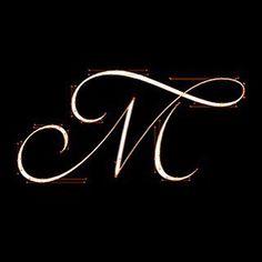 Aline Kaori's Script Lettering Process - A - Tattoos Tattoo Lettering Styles, Script Lettering, Graffiti Lettering, Calligraphy Letters, Tattoo Fonts, Lettering Design, Typography, Letter M Tattoos, Initial Tattoo