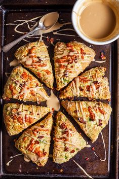 Tender savoury scones loaded with cheddar cheese and bacon Savoury Biscuits, Savory Scones, Savoury Baking, Savory Breakfast, Breakfast Ideas, Mango Recipes, Sweet Recipes, Best Savory Scone Recipe, Fancy Dinner Recipes