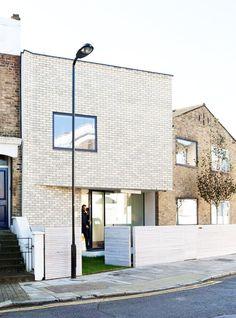 Unique Brick Extension for Mid-century House in Stoke Newington, London