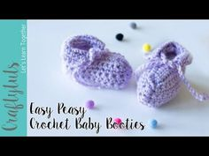 Easy Crochet Baby Booties Free Pattern and Tutorial - Crafty Tutorials
