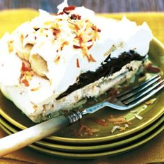 Coconut Pavlova With Chocolate Mousse and Bananas