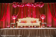 Please visit postingan Modern Wedding Reception Stage Decorations To read the full article by click the link above. Indian Wedding Stage, Wedding Stage Design, Wedding Reception Backdrop, Wedding Backdrops, Wedding Ceremony, Wedding Venues, Indian Weddings, Reception Entrance, Marriage Reception