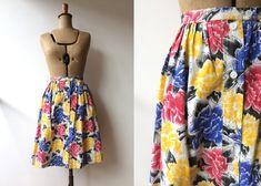 Skirt / Floral / Cotton / Button Through / Full Circle Skirt / Pinup Skirt / Rockabilly Skirt / Small : Vintage Floral Button Through Skirt 1950s Skirt, Black Denim Skirt, Full Circle Skirts, Cotton Skirt, Vintage Skirt, Grey Stripes, High Waisted Skirt, Button, Pinup