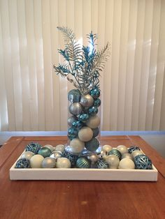 Have no idea about centerpieces for tables? Centerpieces for tables are a reflection of your style. For a traditional centerpiece, you can just use a vase filled with flowers. Blue Christmas Decor, Christmas Mantels, Simple Christmas, Christmas Holidays, Christmas Wreaths, Christmas Table Centerpieces, Christmas Tree Decorations, Centerpiece Ideas, Christmas Wonderland