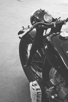 .love bmw motorcycles