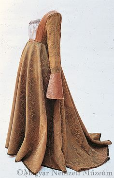 Ensemble once belonging to Mary Habsburg: ca. 1520.