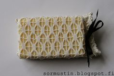 Pitsinen saippuapussi Recycled lace used for to cover the soap. Simple Christmas, Christmas Gifts, Recycling, Throw Pillows, Clever, Crafts, Soap, Craft Ideas, Lace