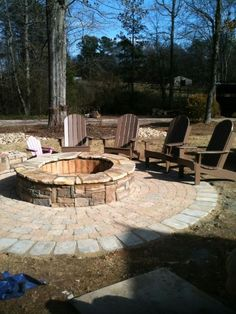 Backyard Firepit ~ would love to have this in my backyard
