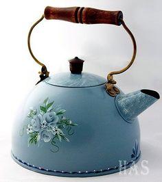 Tole Painted Antique/Vintage OOAK Tea Kettle / signed by artist Decoupage, Cafetiere, Milk Cans, Teapots And Cups, Tea Service, Chocolate Pots, Tole Painting, Tea Party, Tea Cups