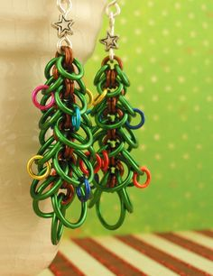 Oh Christmas Tree Earring Tutorial - Instant Download pdf #chainmaille #diy #gift